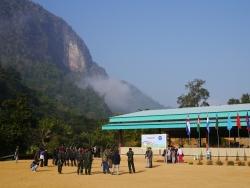Advising Burmese ethnic groups on peace talks
